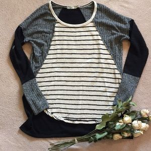 Hazel High Low Sweater, Relaxed Fit, Like New